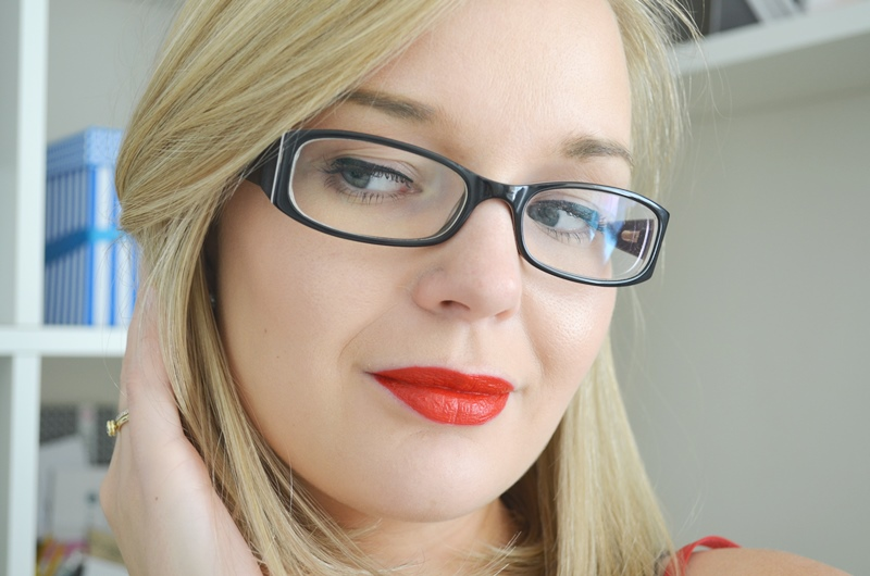 DSC 0393 - Smashbox LE Cherry Smoke Collection - Lipstick Review