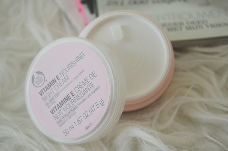 DSC 0210 - The Body Shop Vitamine E Nourishing Night Cream