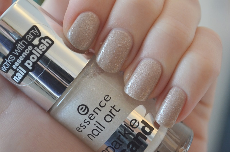 DSC 0227 - Essence 'The Satin' Nail Polish & Sparkle Sand Review