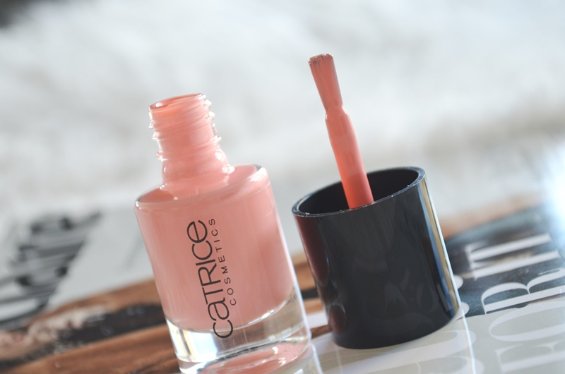 DSC 1215 - Nieuwe Catrice Ultimate Nail Lacquers (Swatches) Review