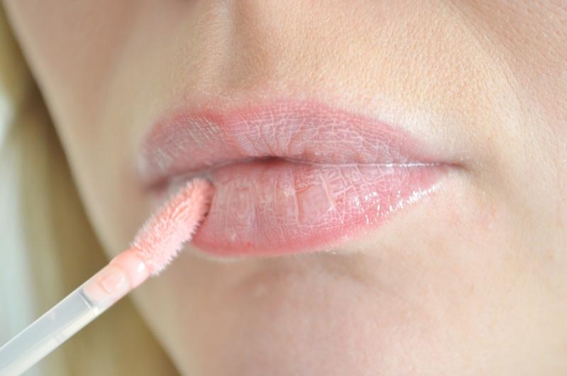 Essence XXXL Nude Lipgloss Shy Beauty