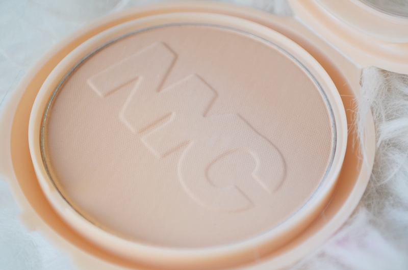 Nieuwe NYC BB Cream - Powder - Foundation & Concealer