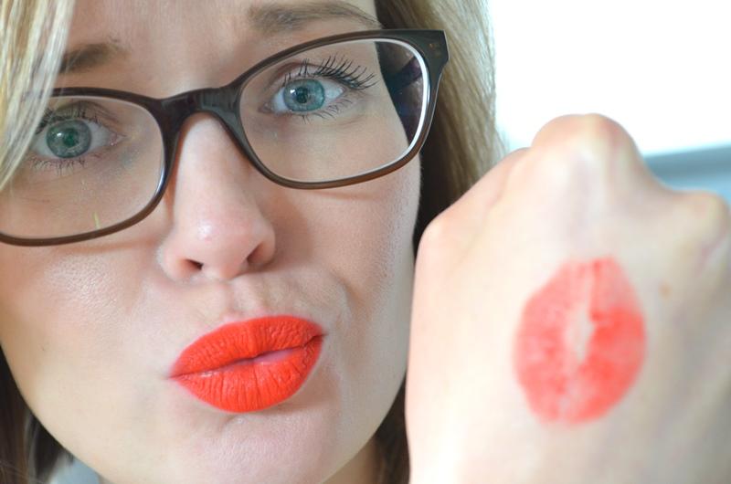 DSC 4669 - Lipstick & Lipgloss Review #2 Smashbox - MUA - NYC - Yves Rocher