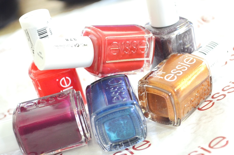 DSC 0446 - Winactie Essie Taking Center Stage Collectie! 2x