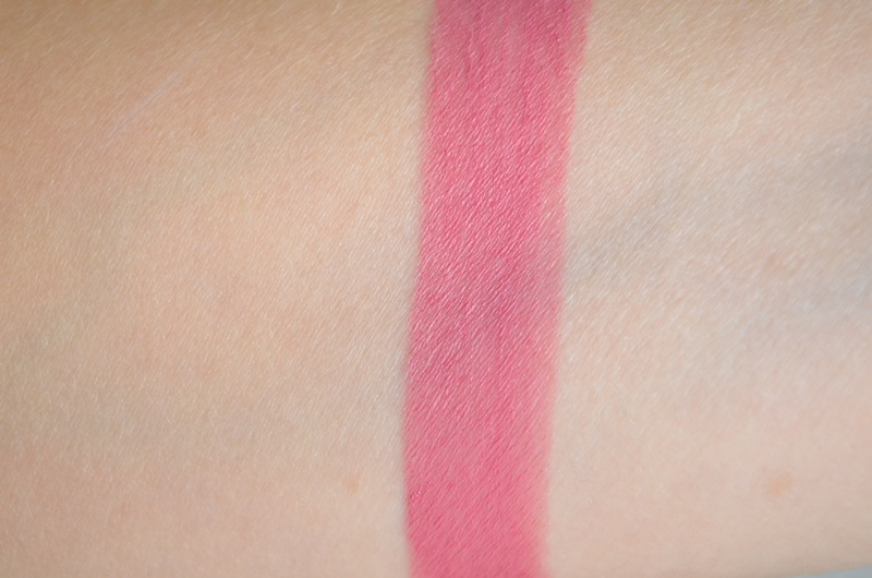 DSC 0617 - New in! Kiko Velvet Mat Lipstick #613 Review