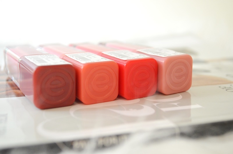 DSC 9642 - Nieuwe Essence Liquid Lipsticks Review