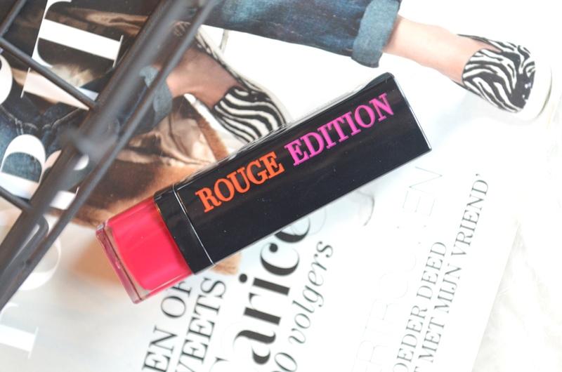 DSC 3851 - Lips of the Day: Bourjois Rouge Edition - Fuchsia Sari