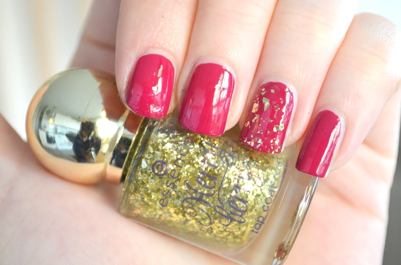DSC 4990 - Essence 'Merry Berry' Holiday Collection Nail Polish Review
