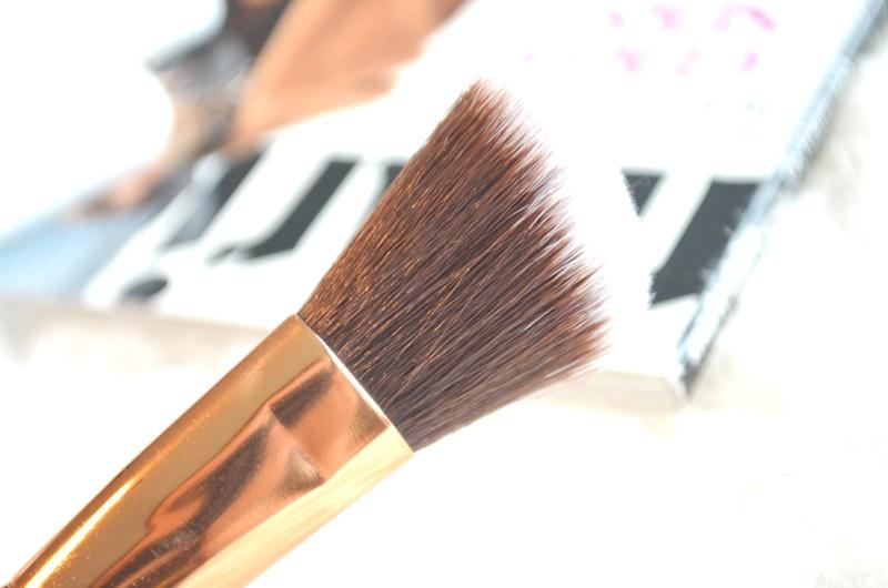DSC 53861 - Boozy Cosmetics Rosé Golden Jewelry 10 Pcs Set Review