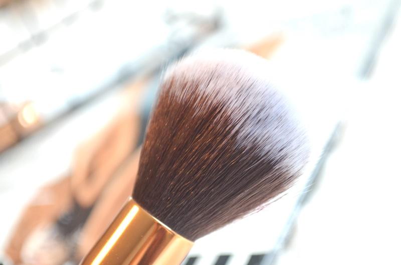 DSC 54051 - Boozy Cosmetics Rosé Golden Jewelry 10 Pcs Set Review