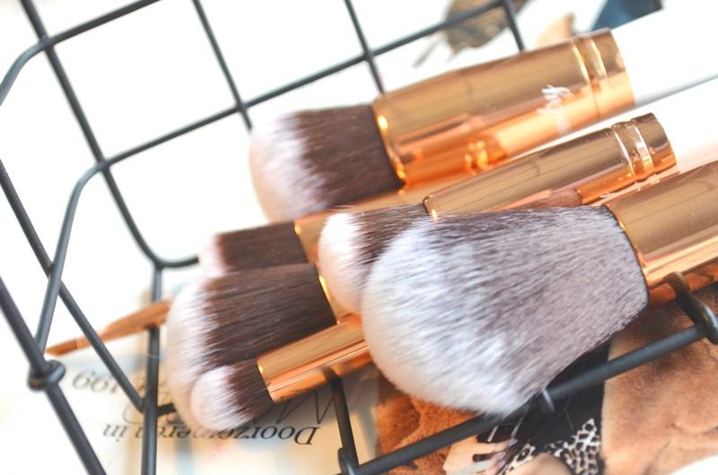 DSC 5410 - Boozy Cosmetics Rosé Golden Jewelry 10 Pcs Set Review