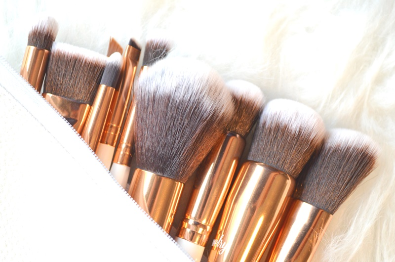 DSC 5422 - Boozy Cosmetics Rosé Golden Jewelry 10 Pcs Set Review