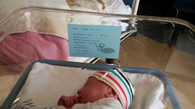 James net geboren - Goede Voorbereiding: Bevallingsverhalen #3 - Sanne van Laviesagista
