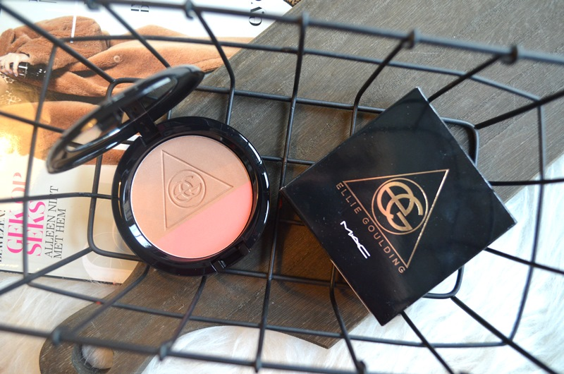 DSC 7668 - M.A.C Ellie Goulding Blush/Bronzer - I'll Hold my Breath