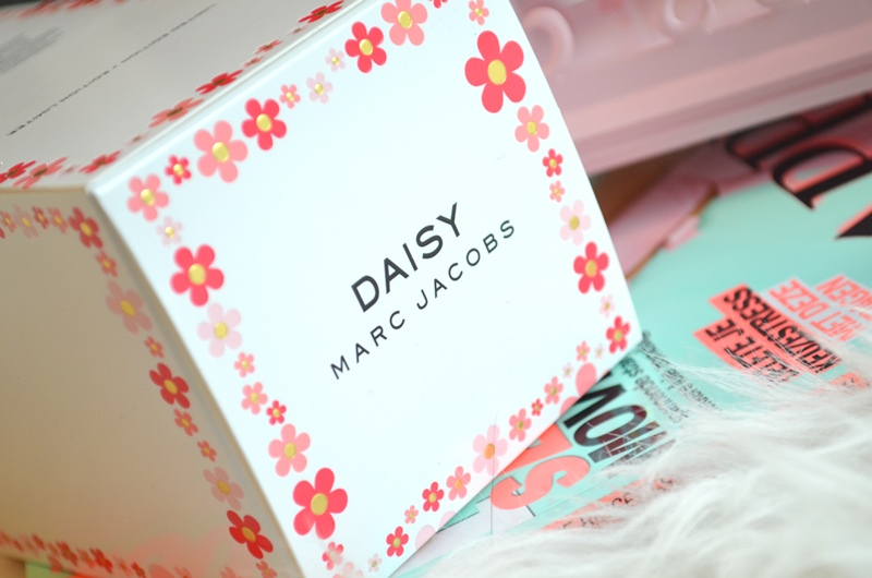 DSC 1109 - Nieuw! Marc Jacobs Daisy Eau so Fresh - Blush (LE) Review