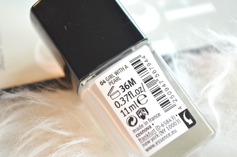 Essence All that Greys Trend Edition Review Elisejoanne.nl