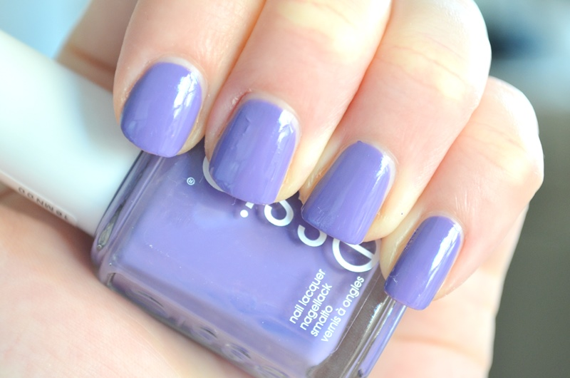 Essie Spring Collection 2016 - Lounge Lover Review Elisejoanne.nl