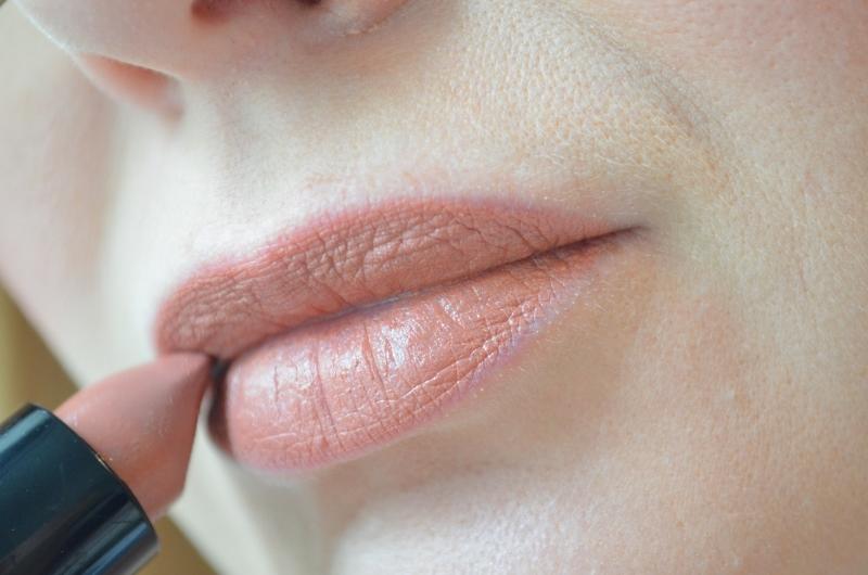 DSC 0153 800x530 - Make-up Studio Nail Colour & Lipstick Matte Review