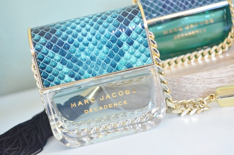 DSC 1105 800x530 - Nieuw! Marc Jacobs Divine Decadence Review