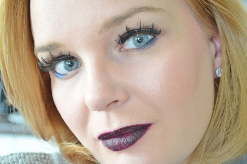 Essence Midnight Masquerade - Dup Ombre Lipstick #02 Bloody Marry Me €2,99