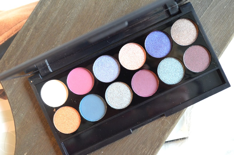 DSC 7603 800x530 - Sleek Enchanted Forest Palette Review