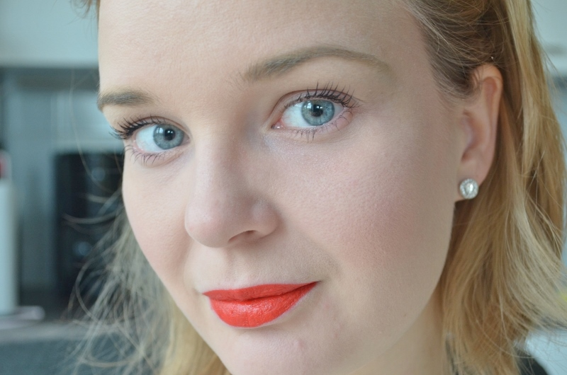 M.A.C Nutcracker Sweet Red Lipstick Kit Review