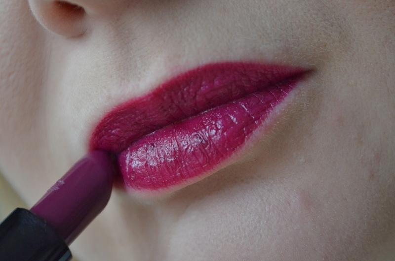 MAC Rebel Lipstick - SATIN