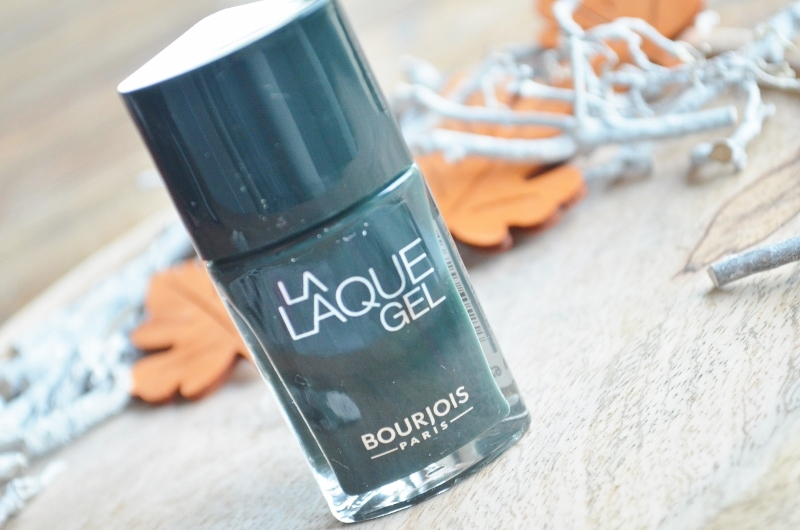 DSC 0581 800x530 - Bourjois La Laque Gel + Top Coat Review