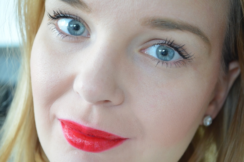 Bourjois Rouge Edition Velvet Matte Finish #15 Red-volution
