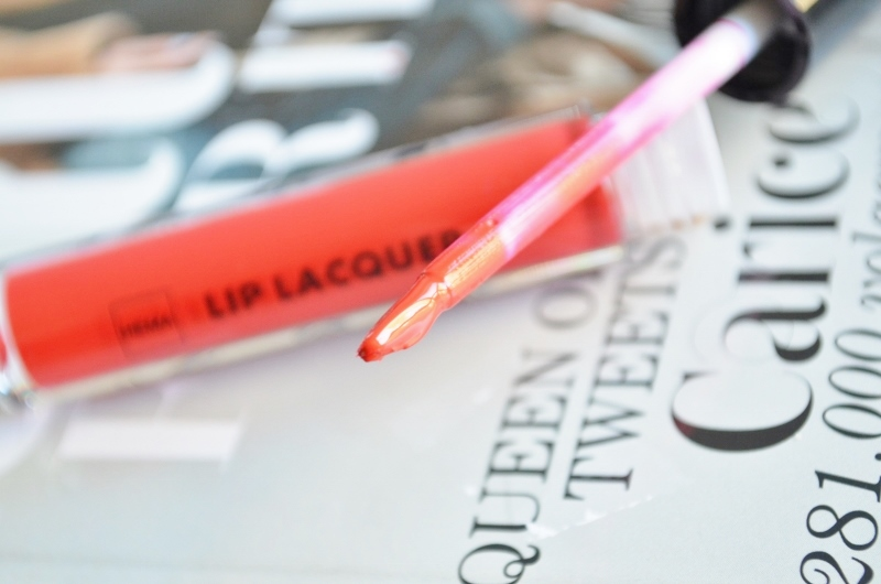 DSC 2008 800x530 - HEMA Lip Lacquer Gloss Review (6x)