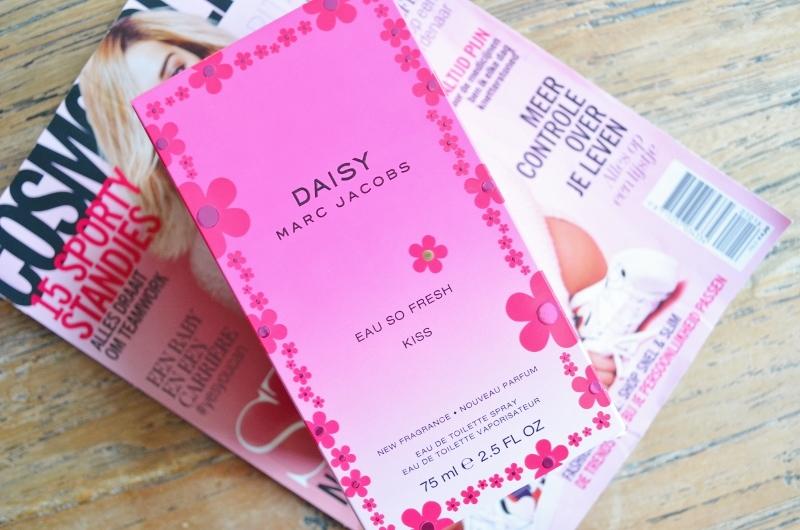 DSC 0974 800x530 - Marc Jacobs Daisy Eau so Fresh Kiss