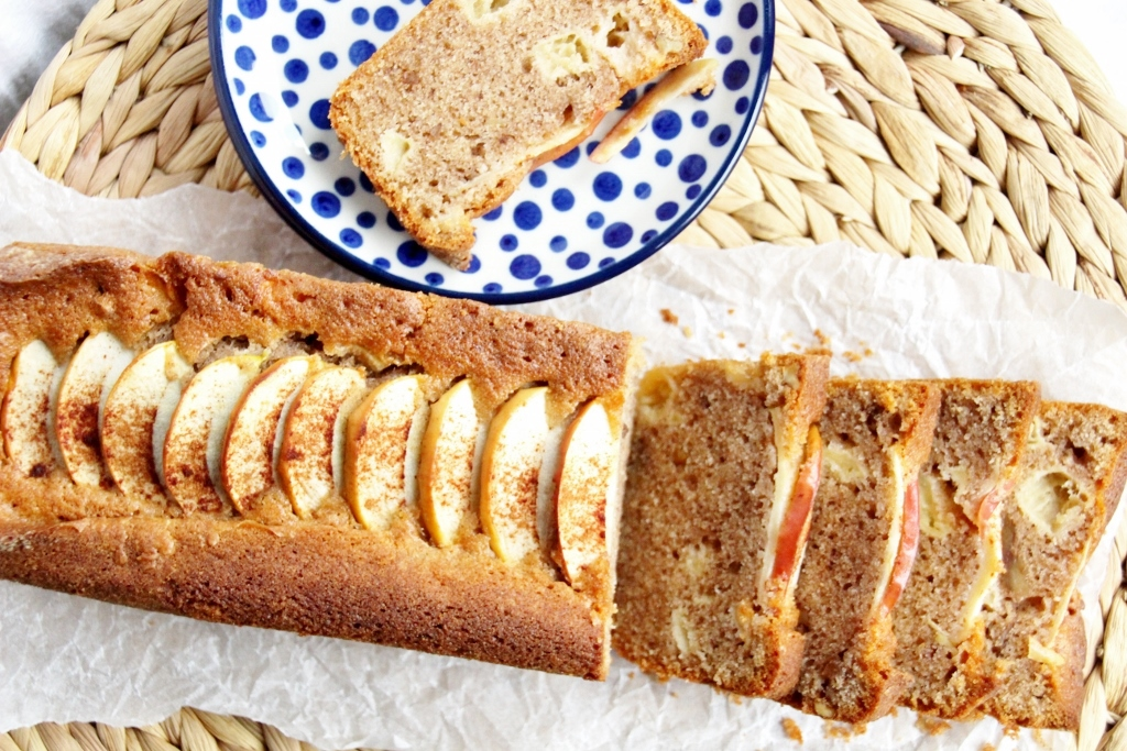 Sanne's Baksels - Appel & Kaneel Cake