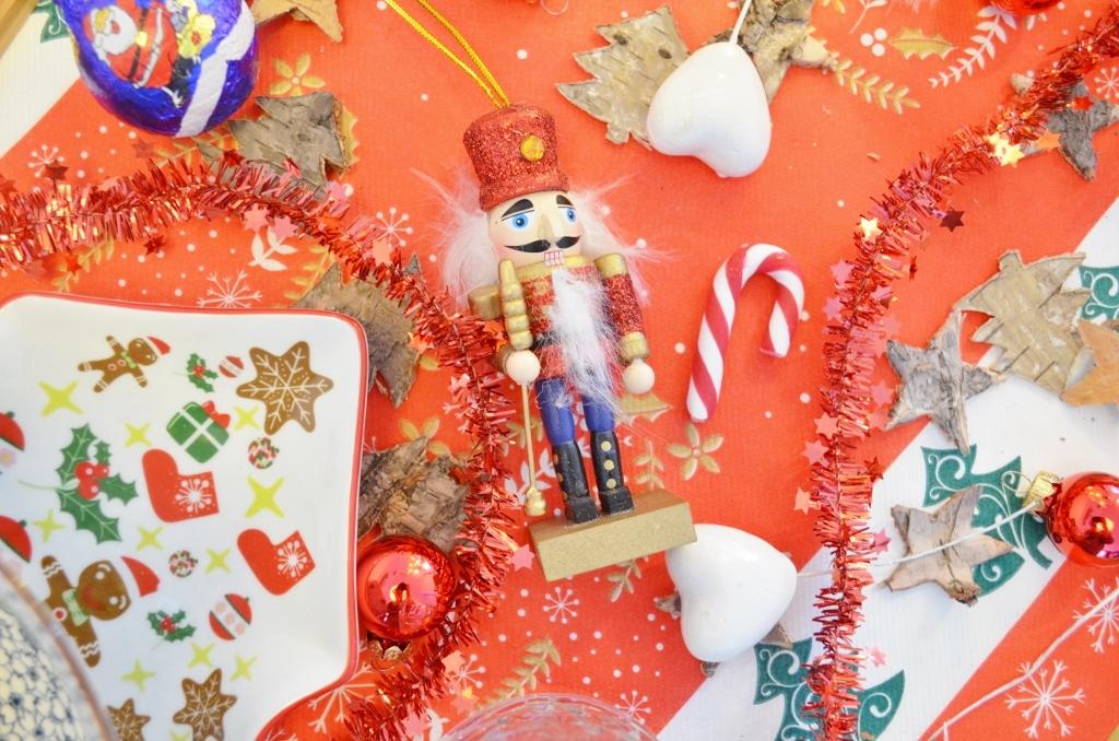 Feestdagen Kersttafel Aankleden : Kersttafel aankleden met action u2013 budget & vrolijk! elise joanne