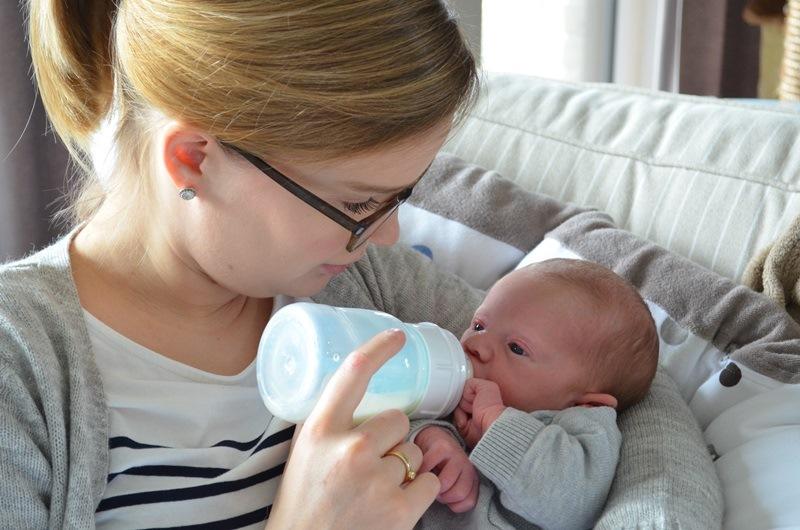 Mijn persoonlijke ervaring met borstvoeding & flesvoeding