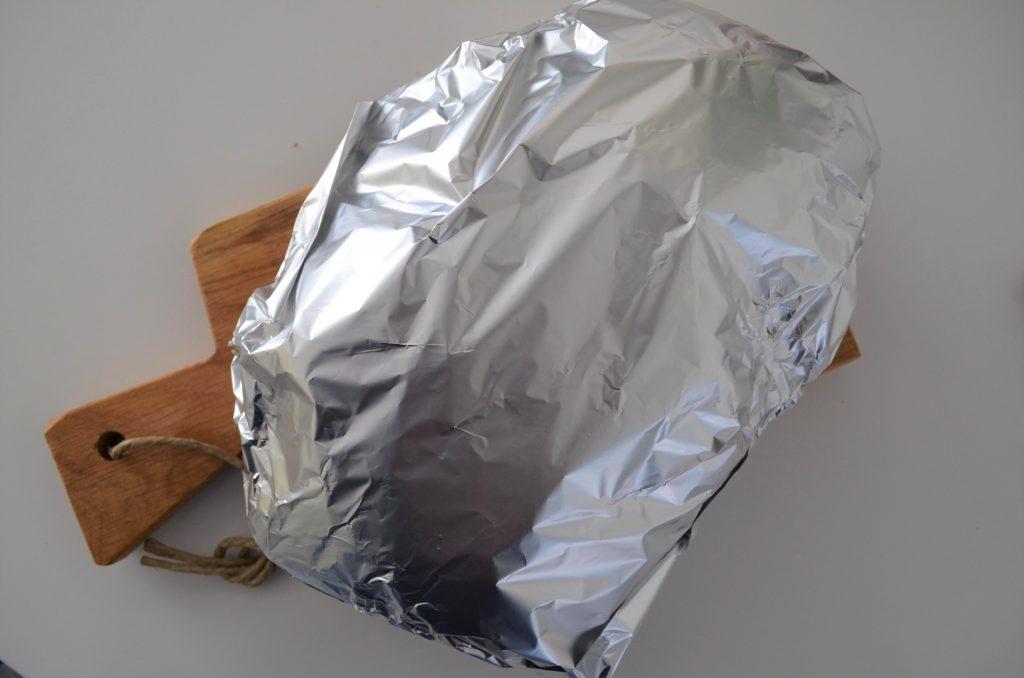 Zelfgemaakte Kaas-Knoflook Borrelbrood uit de oven!