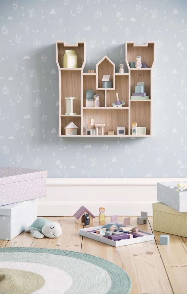 Available 2.May2019 SostreneGrene DisplayBox4 min 4282x6720 652x1024 - SØstrene Grene: Kinderkamer collectie 2019