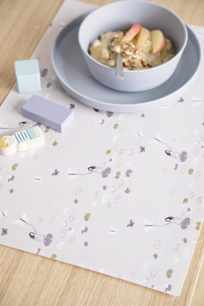 Available 2.May2019 SostreneGrene Tableware PlaceMat1 min 4480x6720 683x1024 - SØstrene Grene: Kinderkamer collectie 2019