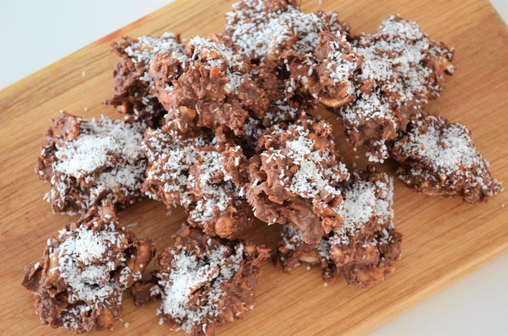 Pindarotsjes met karamel-zeezout chocolade & kokos
