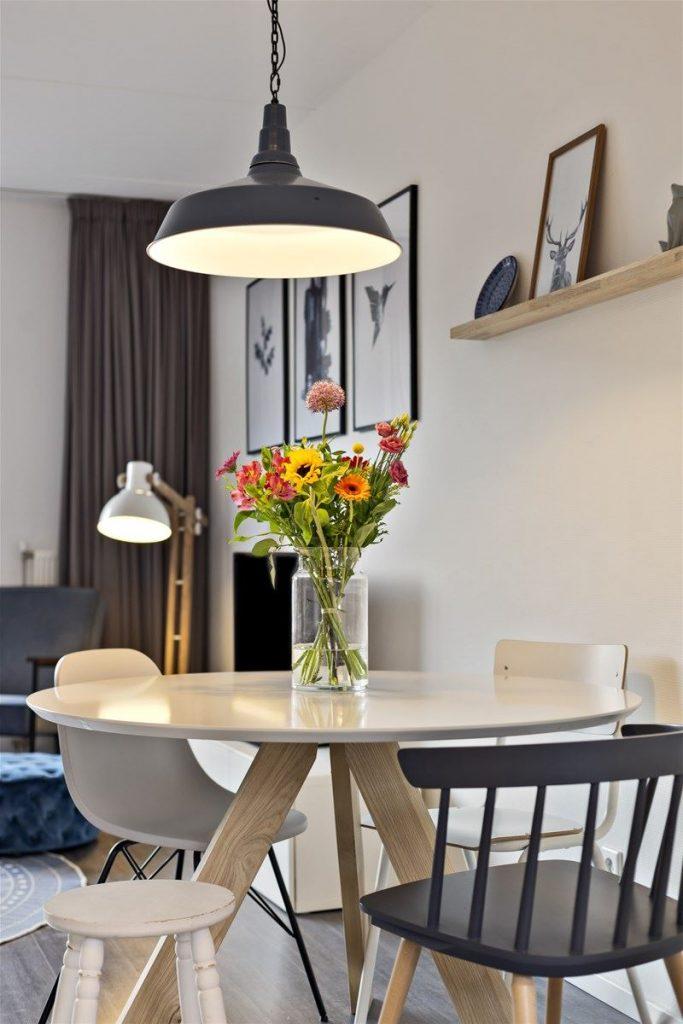 Lamp woonkamer 683x1024 - Lampen inspiratie voor het nieuwe huis!