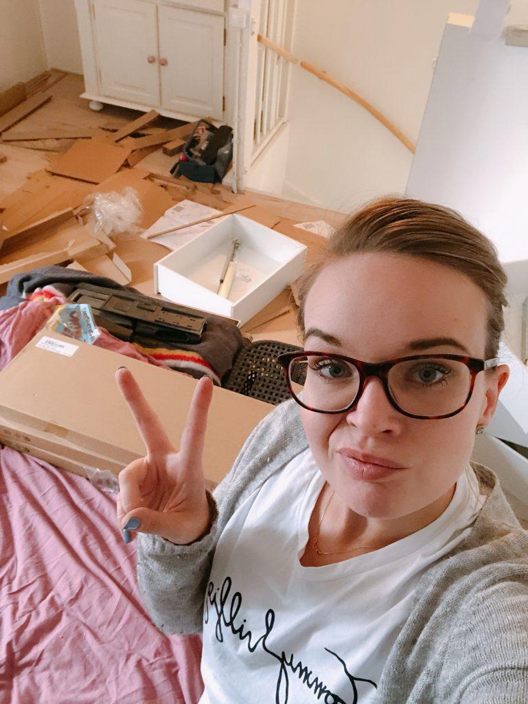 Elise's Weekly Pictorama #2 - Ploeteren aan de inbouwkast