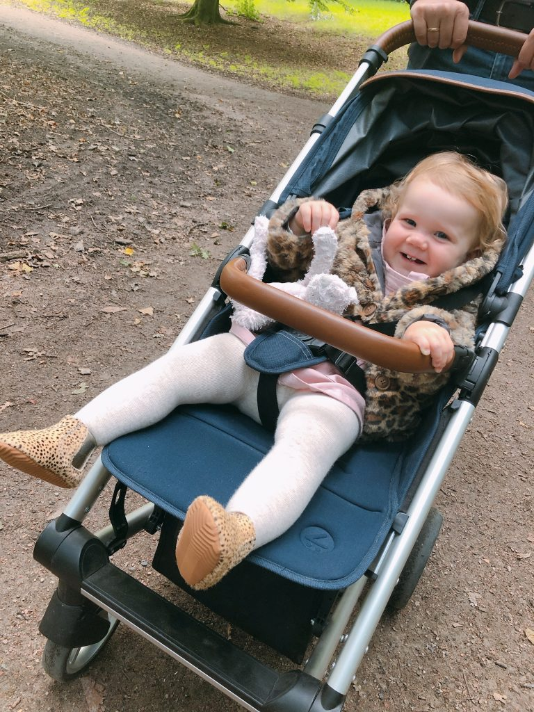 IMG 3305 768x1024 - Elise's Weekly Pictorama #3 - Streekmarktje, boswandeling & op pad met Fos!