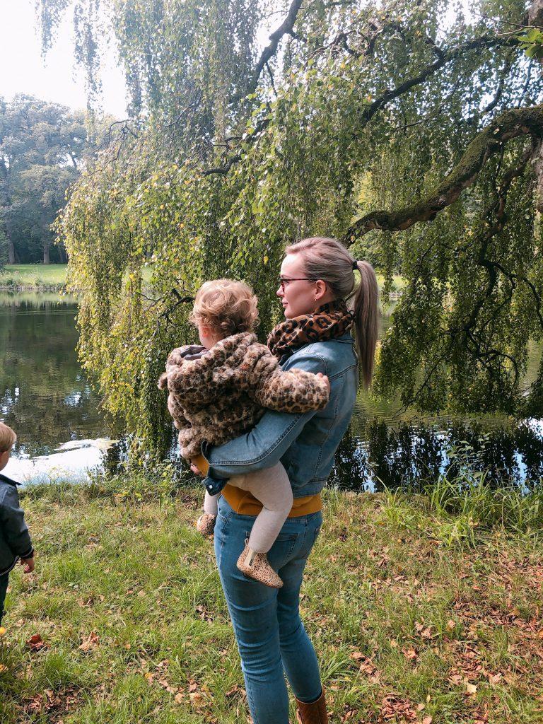 IMG 3314 768x1024 - Elise's Weekly Pictorama #3 - Streekmarktje, boswandeling & op pad met Fos!