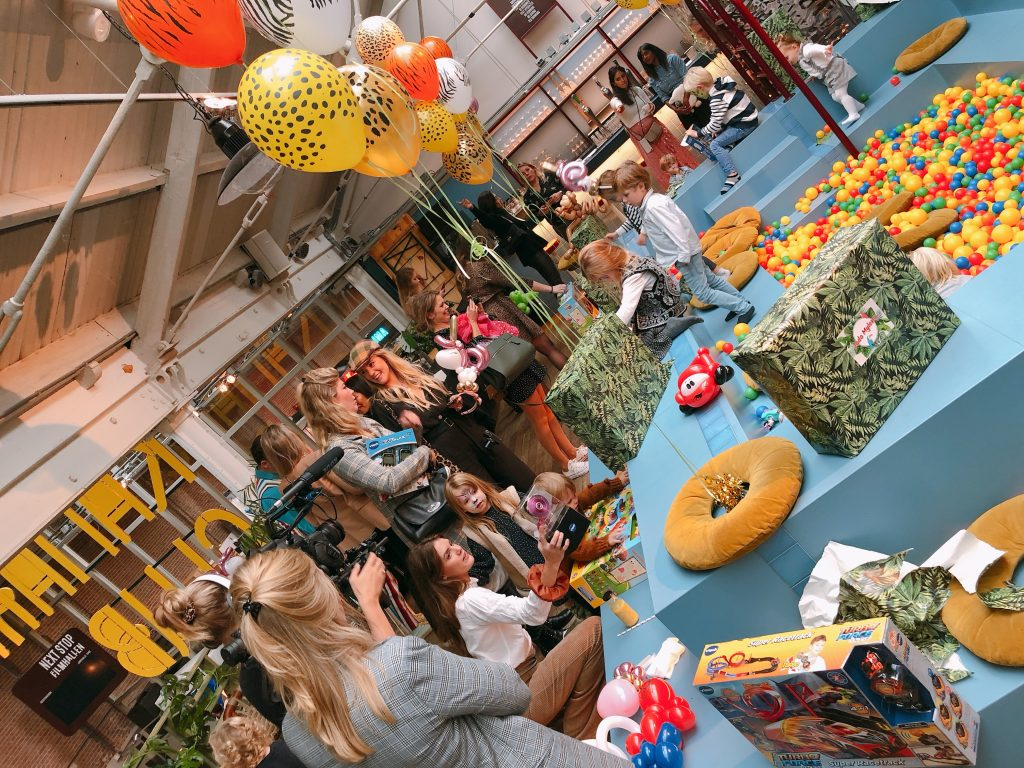 IMG 5044 1024x768 - Elise's Weekly Pictorama #6 - Friesland & Amsterdam met Fos