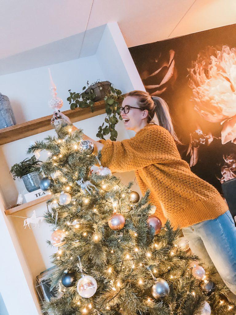 IMG 7952 768x1024 - Elise's Weekly Pictorama #13 - Tijd voor de kerstboom!