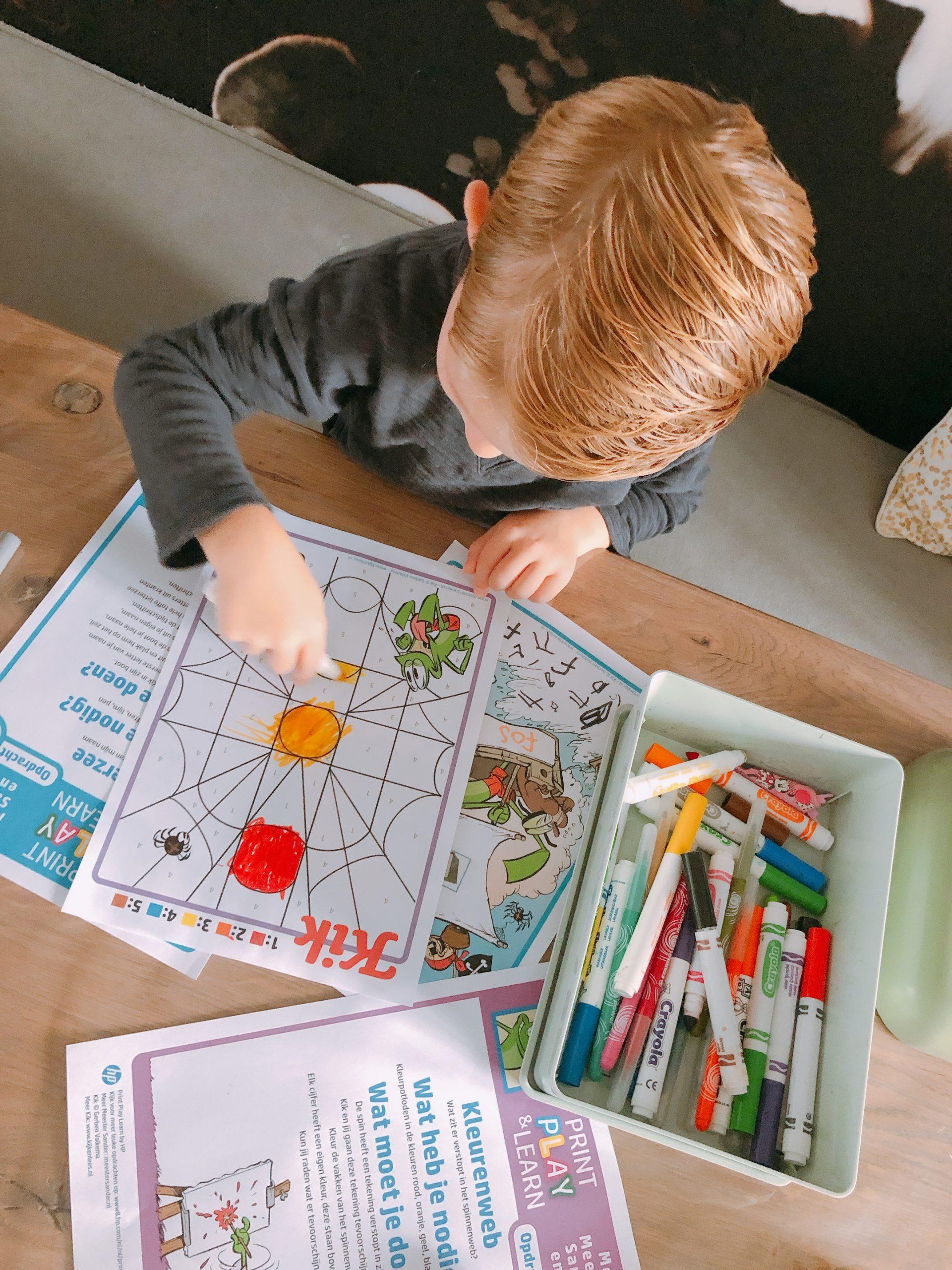 IMG 8360 scaled - Spelenderwijs thuis leren met vrolijke opdrachten + printables!